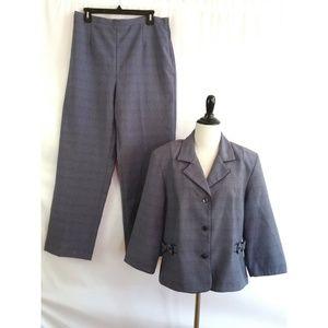 Sag Harbor Size 16 Purple Pant Suit